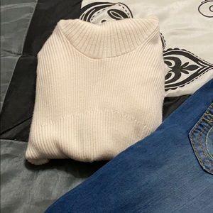 Gorgeous VENUS sweater